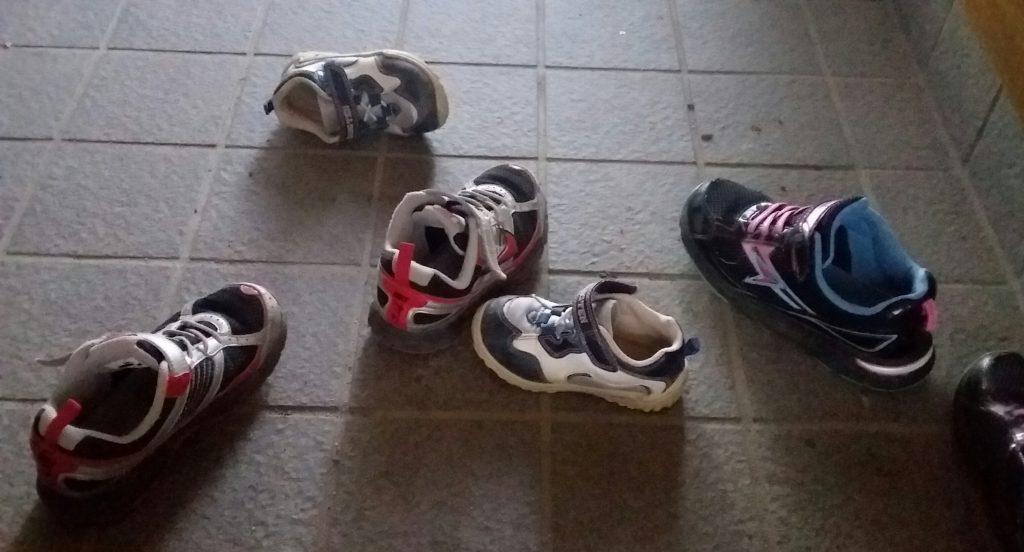子ども,靴