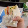 感染症の季節、サンドイッチは剥いて丸ごと食べよ