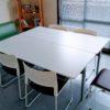書きものがキツくない!お弁当もこぼさない!会議室がゆったり使えるようになりました